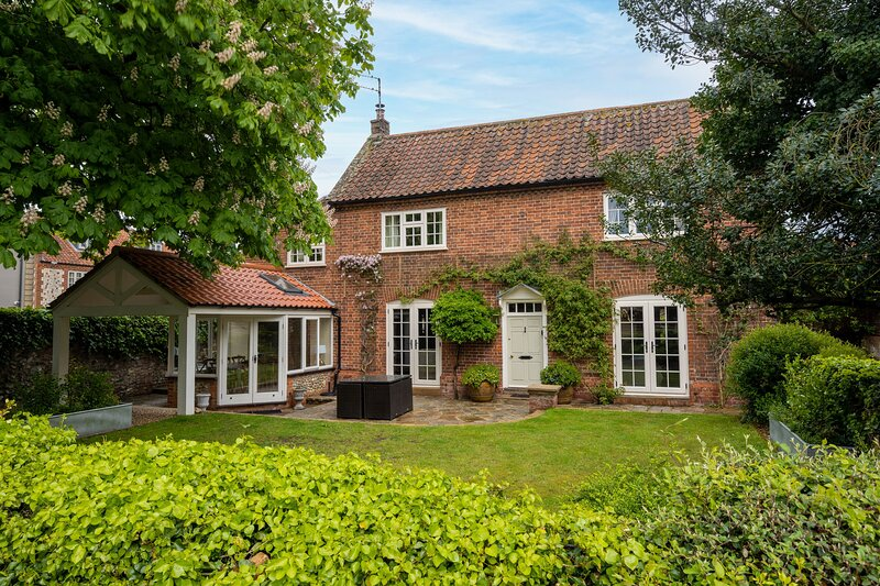 The Old Manor House, holiday rental in Brancaster