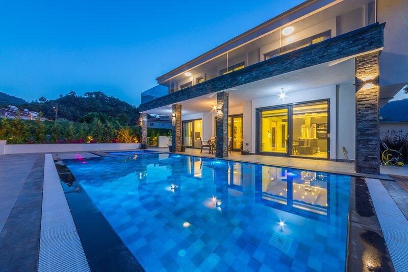 Villa Palmiye Icmeler Daily Weekly Rentals, location de vacances à Marmaris District
