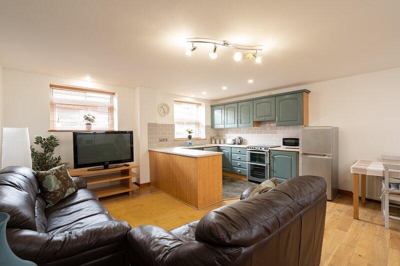 Belfast Ballyhackamore Apartment, holiday rental in Newtownards