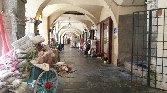 Appartamento nel Borgo Medievale, vacation rental in Pieve di Teco