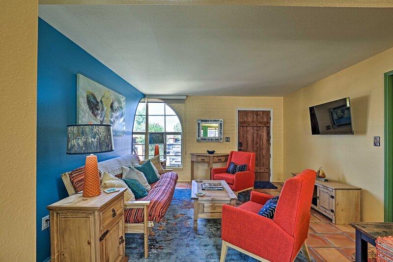 NEW! Modern Green Valley Condo Near National Park!, holiday rental in Sahuarita