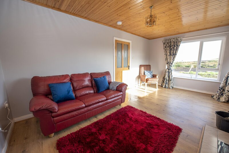 Caiseal Cottage, holiday rental in Ramelton