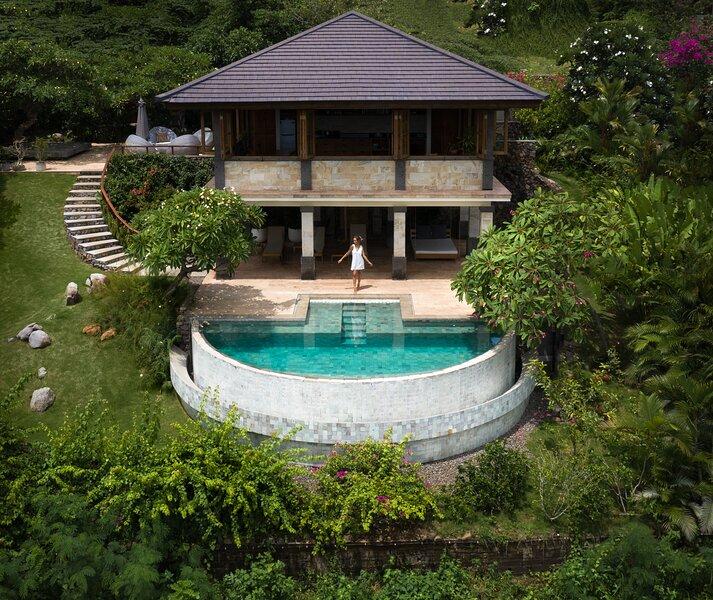 Villa JulieLele, Sumberkima Hill, holiday rental in Melaya