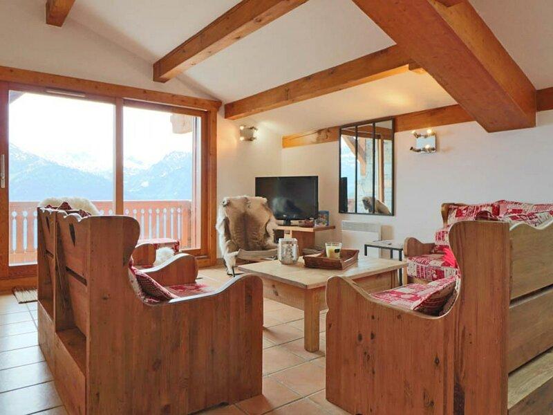 Confortable 5 pièces duplex orienté Sud, holiday rental in La Rosiere