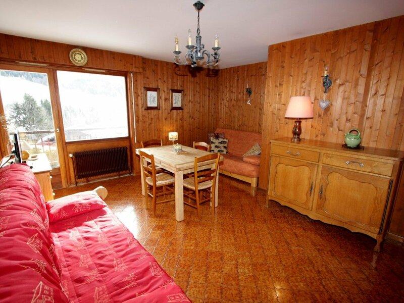 Confortable logement au coeur du Chinaillon pour 4 personnes, location de vacances à Le Petit-Bornand-les-Glières