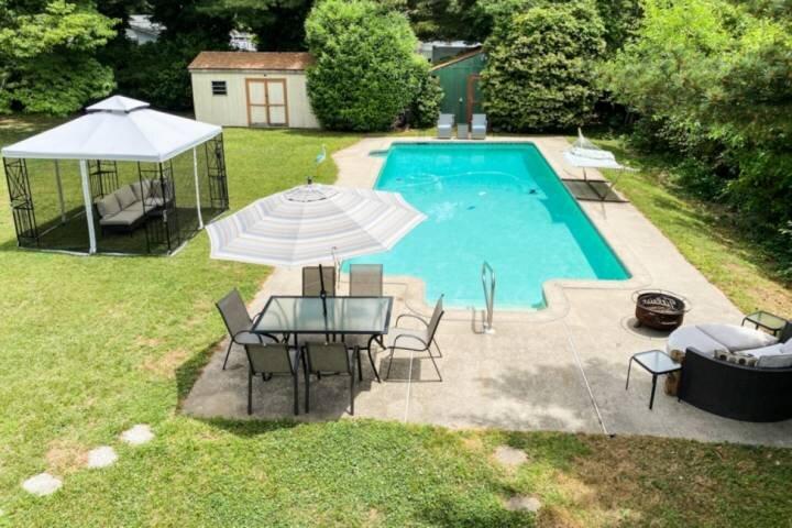 Kent Island House with Pool and Bay Views!, aluguéis de temporada em Centreville