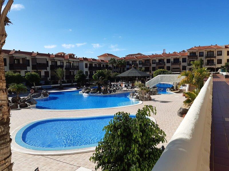 Balcon del Mar relax with sea view, aluguéis de temporada em Costa del Silencio