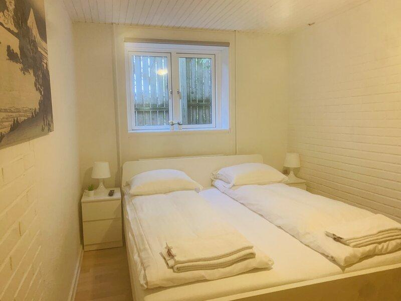 Adnana - Søndervangsvej 3 - Room 1, holiday rental in Aalborg