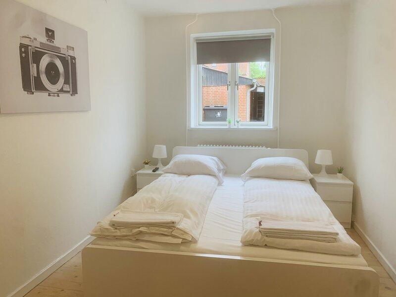Adnana - Søndervangsvej 3 - Room 2, holiday rental in Aalborg