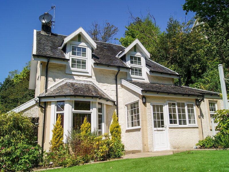 Rockcliffe Cottage, Kilcreggan, alquiler de vacaciones en Helensburgh