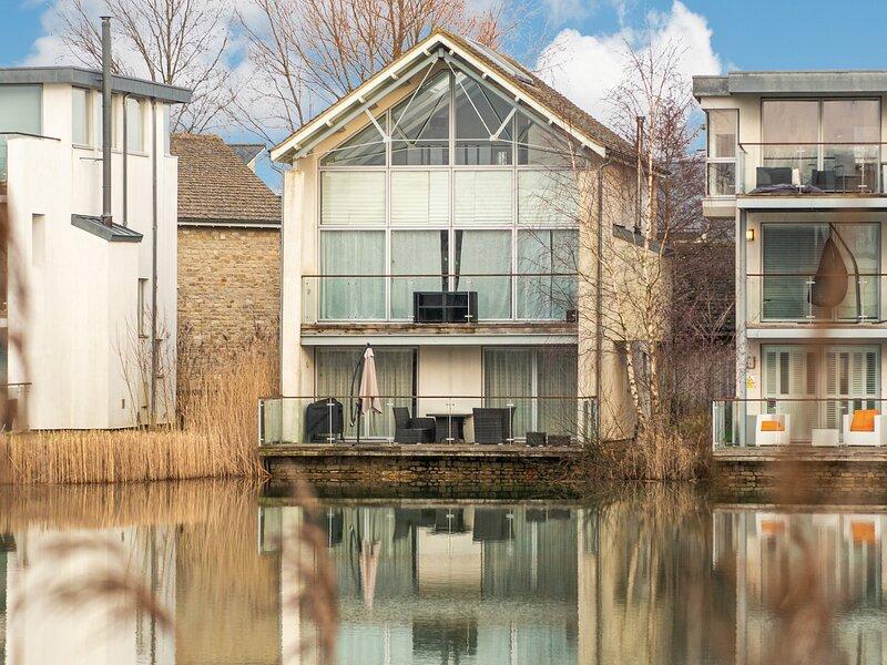 Summer Breeze, Somerford Keynes, vacation rental in Kemble
