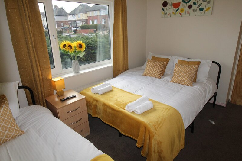 Chadwick House, holiday rental in Rotherham