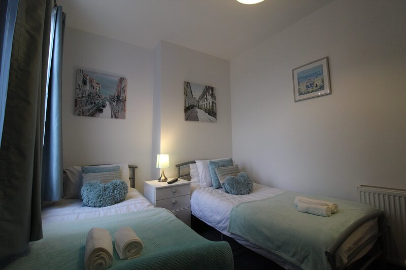Rockcliffe House, holiday rental in Dodworth