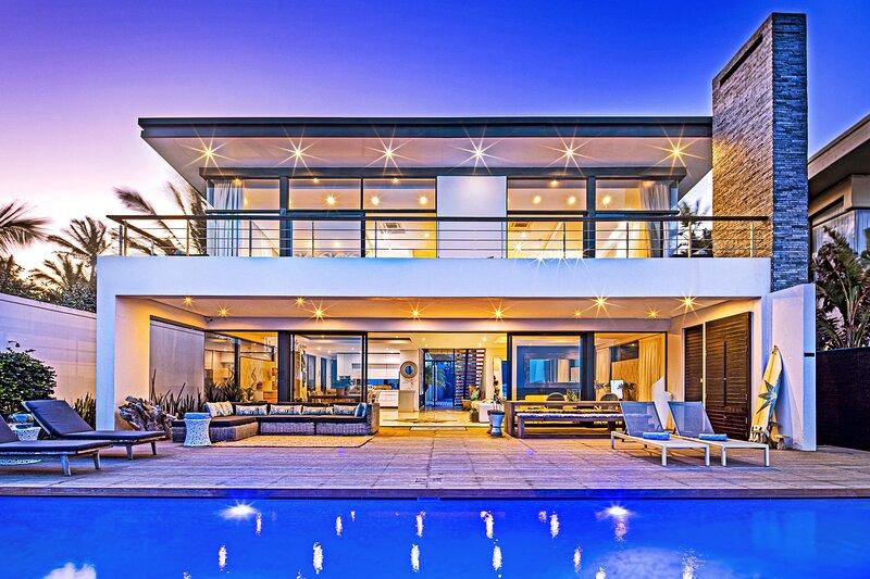 Dolphin Coast YOLO Spaces - Beach House Villa, holiday rental in Zinkwazi Beach