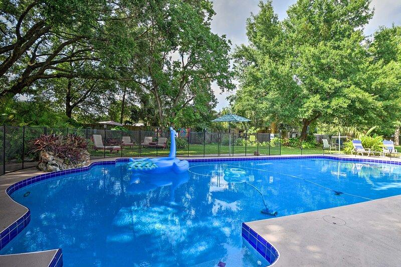 Guest Suite w/ Pool, Walk to Seminole Wekiva Trail, casa vacanza a Altamonte Springs