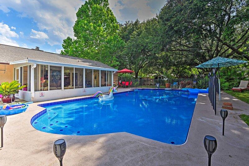 Guest Suite w/ Pool, Walk to Seminole Wekiva Trail, holiday rental in Longwood