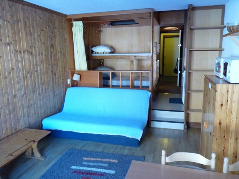 STUDIO 4 ACCES DIRECT PISTES, holiday rental in Isola 2000