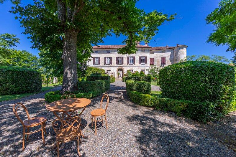 La Meridiana - Castello Rocca Grimalda, holiday rental in Ovada