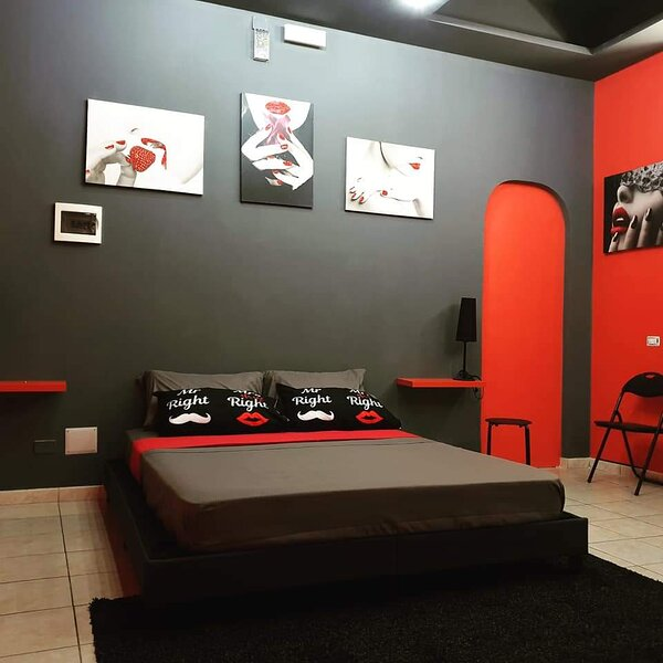 Suite a messina a pochi metri dal centro viale San Martino,piazza cairoli,duomo, holiday rental in San Filippo del Mela