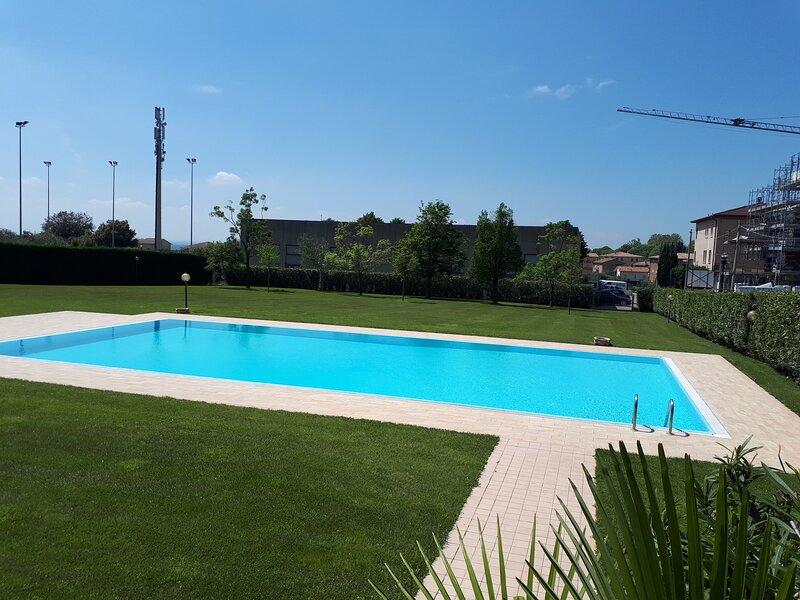 Appartamento Monsurei-35 a Bardolino - Vacanza e relax sul lago di Garda, aluguéis de temporada em Cavaion Veronese