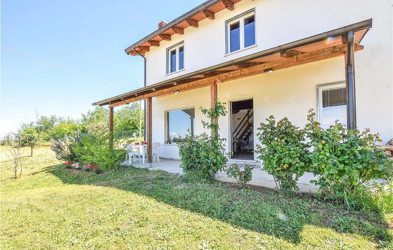 Awesome home in Busso with WiFi and 2 Bedrooms (IKL126), holiday rental in Ferrazzano