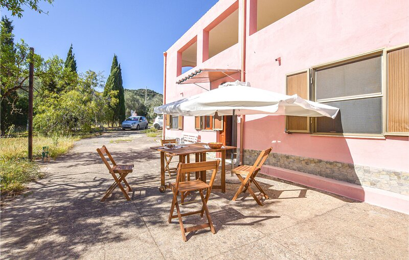 Beautiful home in Sarroch with 4 Bedrooms (IGC105), holiday rental in Villa San Pietro