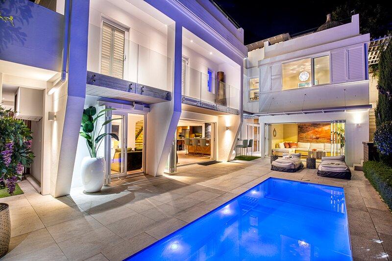 Clifton Private Beach Villa, holiday rental in Clifton