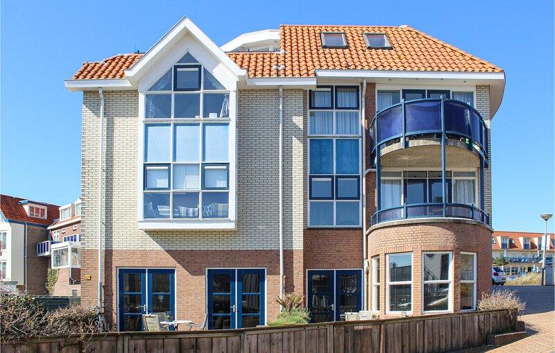 The Blue Whale (HNH588), holiday rental in Bergen aan Zee