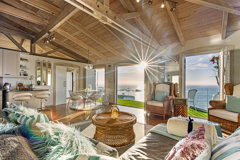Clifton Sea View Penthouse, holiday rental in Clifton