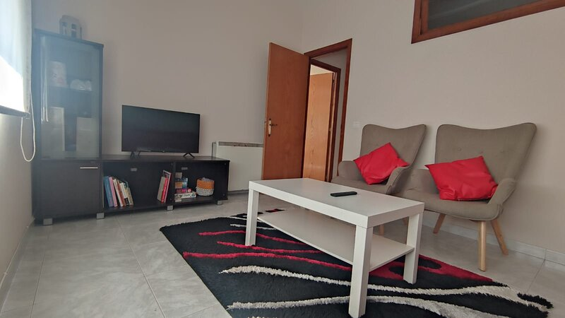 Apartamento vacacional en casco urbano de A Guarda, holiday rental in Granxa