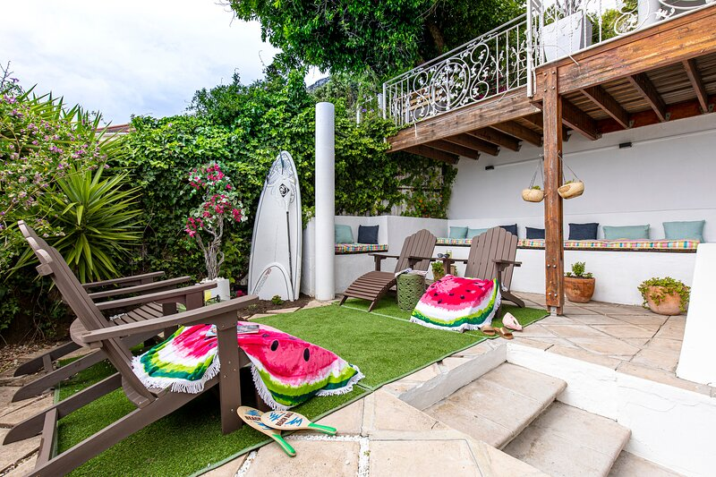 Clifton Sea View Courtyard, holiday rental in Clifton