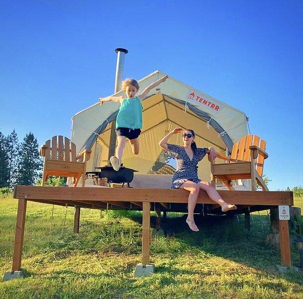 Tentrr Signature Site - Hidden Acres Orchards, casa vacanza a Mead