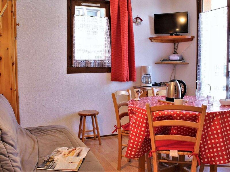Appartement 2 Pièces 5 couchages RISOUL 1850, vacation rental in Saint-Clement-sur-Durance