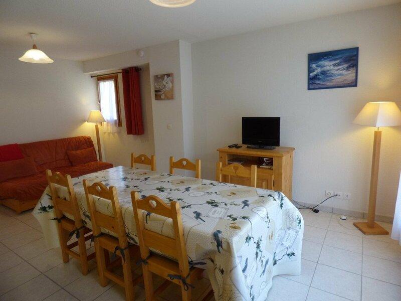 Charmant 3 pièces avec garage pour 6 personnes à Saint-Jean-de-Sixt, holiday rental in Saint-Jean-de-Sixt