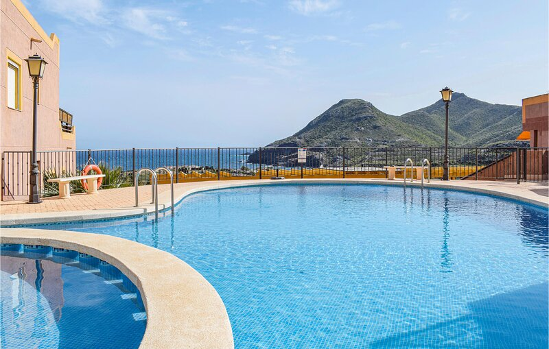 Nice home in La Manga with Outdoor swimming pool, WiFi and 3 Bedrooms (ECC914), alquiler de vacaciones en Cabo de Palos