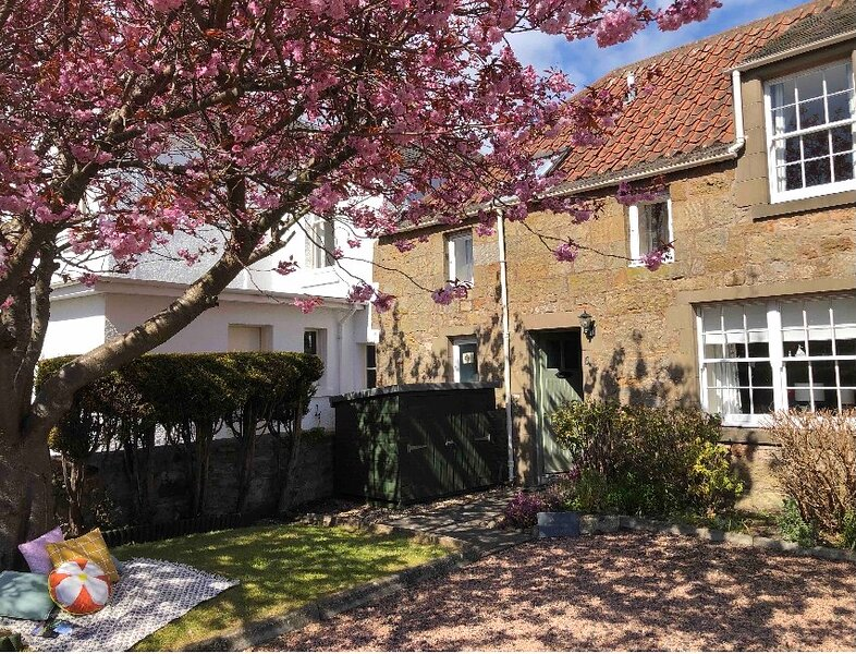 Cosy and charming 2 bed Cottage , Kingsbarns  near St Andrews, location de vacances à Boarhills