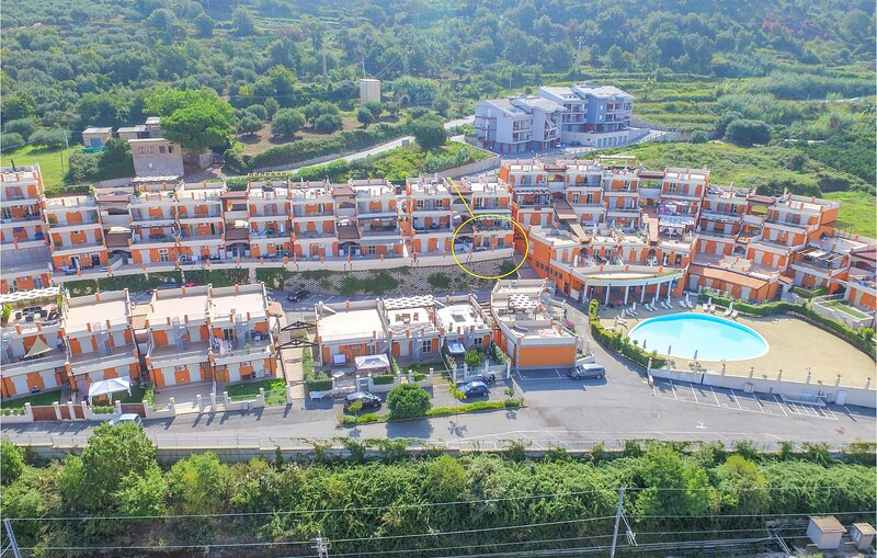 Beautiful apartment in Pizzo with WiFi and 2 Bedrooms (IKK580), holiday rental in Vibo Marina