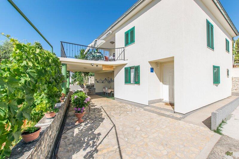 House Piece of Heaven, holiday rental in Jadrtovac