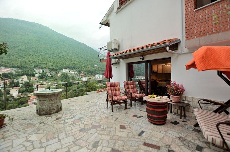 Apartment Karmen, alquiler de vacaciones en Moscenicka Draga