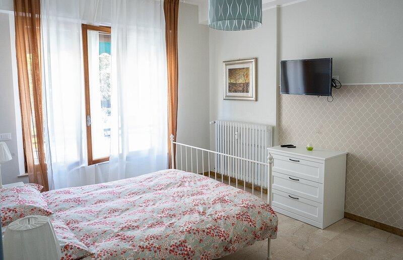 Nuovissimi bilocali Panta Rei - Suite della terra, vacation rental in Marina di Montemarciano