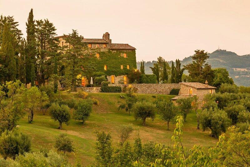 Borgo Palmentino, location de vacances à Montelaguardia