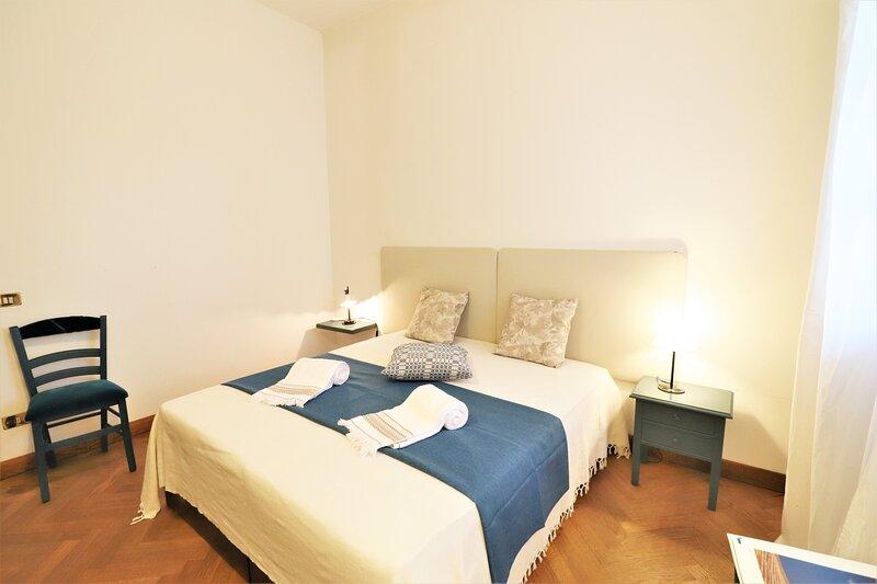 Bb Relais delle Rose Lecce Anthea - Matrimoniale Comfort, vacation rental in Arnesano