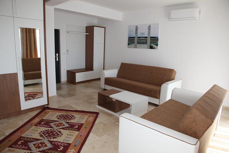 Premium Berlin - Deluxe Family Room 1, holiday rental in Ada Bojana