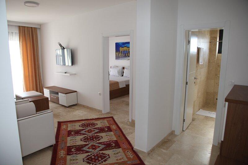 Premium Berlin - Standard Quadruple Room 3, holiday rental in Ada Bojana