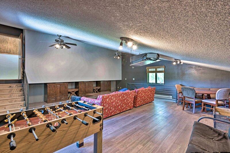 NEW! Riverside Hideout: 3 Mi to Dtwn Cedar Falls!, holiday rental in Shell Rock