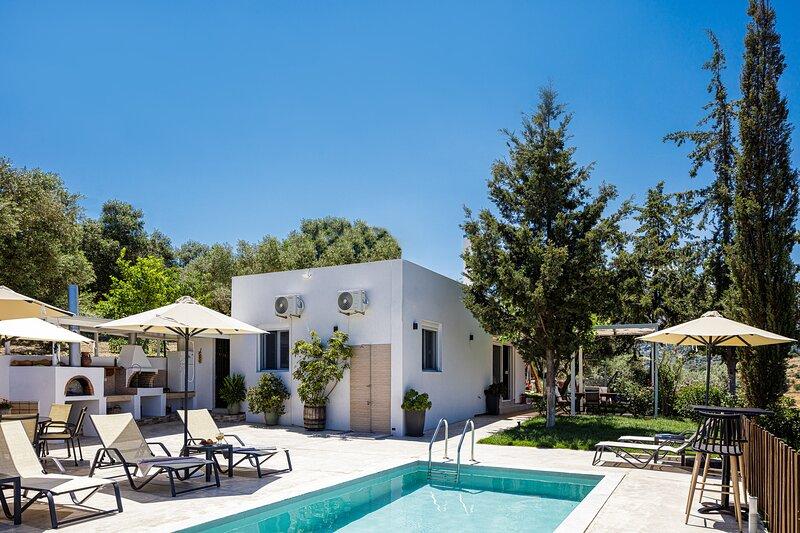 MariAndry Villa, Enchanting Secluded Retreat!, casa vacanza a Kastellos