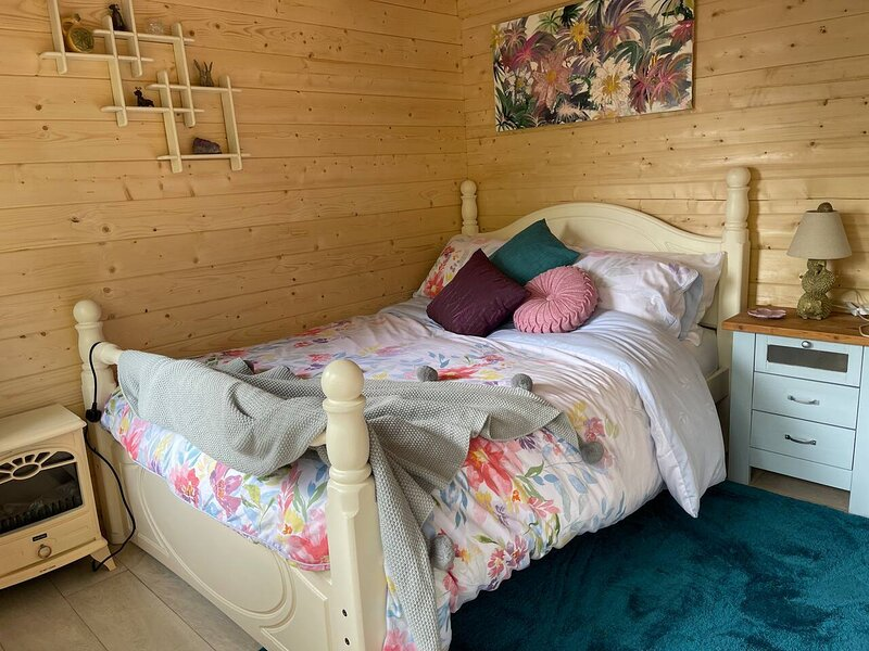 Woodlands Lodge  - come and enjoy the good life, location de vacances à Buckley