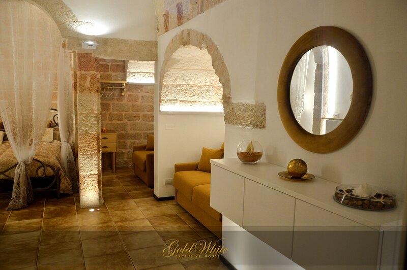 GOLD WHITE Exclusive House, casa vacanza a San Vito