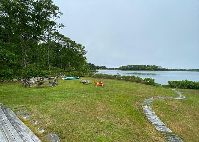Wonderful Waterfront Home on Tashmoo and Overlooking the Ocean, vacation rental in Martha's Vineyard