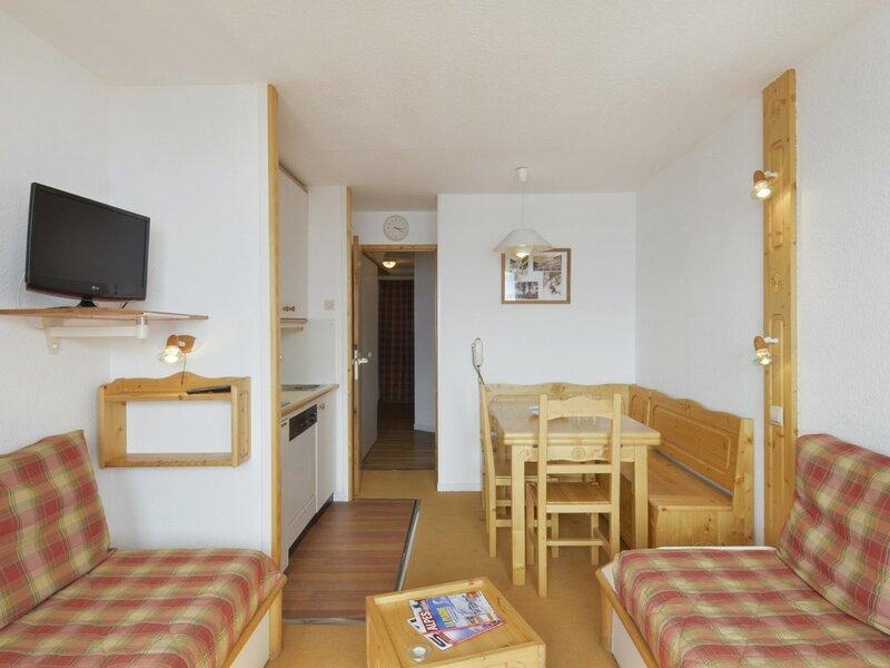 Très bel appartement au pied des pistes de 2 pièces pour 5 personnes, vacation rental in Belle Plagne